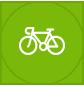 Na tych, którzy od błogiego lenistwa wolą aktywnie spędzać czas czekają zaś liczne szlaki turystyczne i rowerowe.
